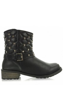 Boots model 32872 Heppin